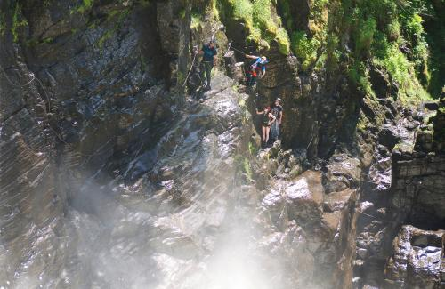 projet-vertical-canyon-via-ferrata-19