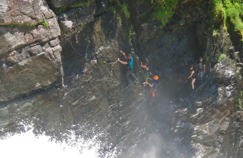 projet-vertical-canyon-via-ferrata-28