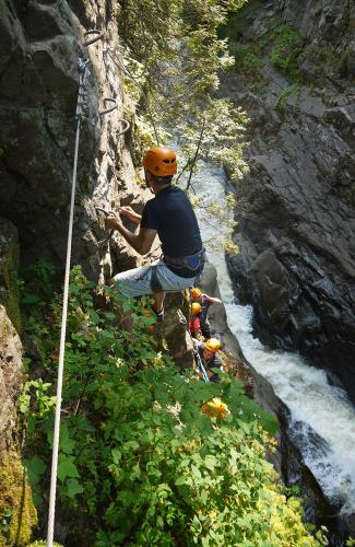 projet-vertical-canyon-via-ferrata-38