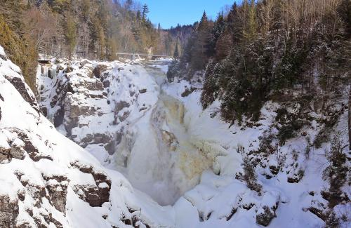 projet-vertical-canyon-via-ferrata-hiver 03