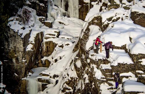 projet-vertical-canyon-via-ferrata-hiver 04