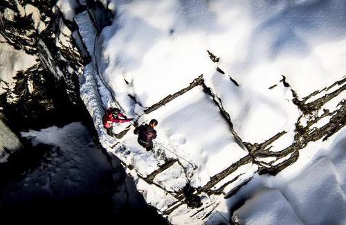 projet-vertical-canyon-via-ferrata-hiver 06