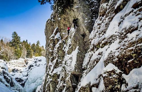 projet-vertical-canyon-via-ferrata-hiver 07
