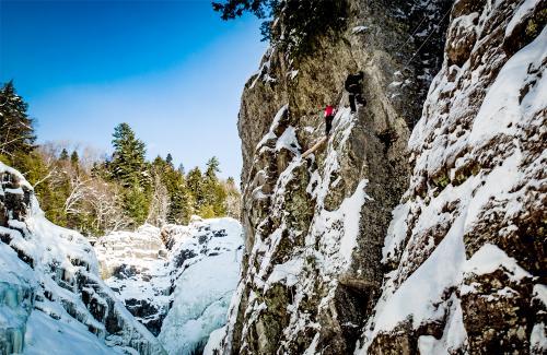 projet-vertical-canyon-via-ferrata-hiver 19