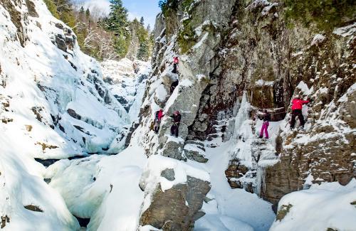 projet-vertical-canyon-via-ferrata-hiver 20