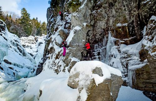 projet-vertical-canyon-via-ferrata-hiver 22