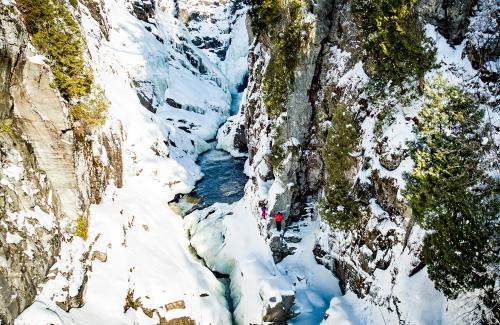projet-vertical-canyon-via-ferrata-hiver 24