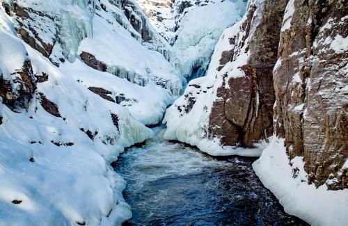projet-vertical-canyon-via-ferrata-hiver 26