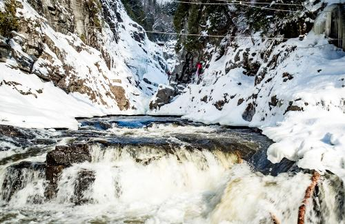 projet-vertical-canyon-via-ferrata-hiver 27