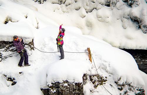 projet-vertical-canyon-via-ferrata-hiver 32