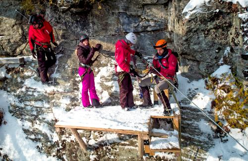 projet-vertical-canyon-via-ferrata-hiver 35