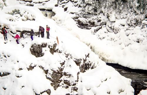 projet-vertical-canyon-via-ferrata-hiver 39