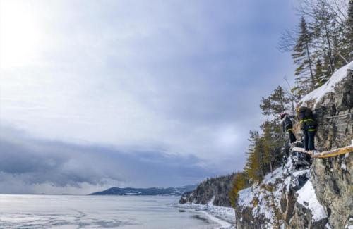 projet-vertical-manoir-richelieu-via-ferrata-hiver 07 (1)